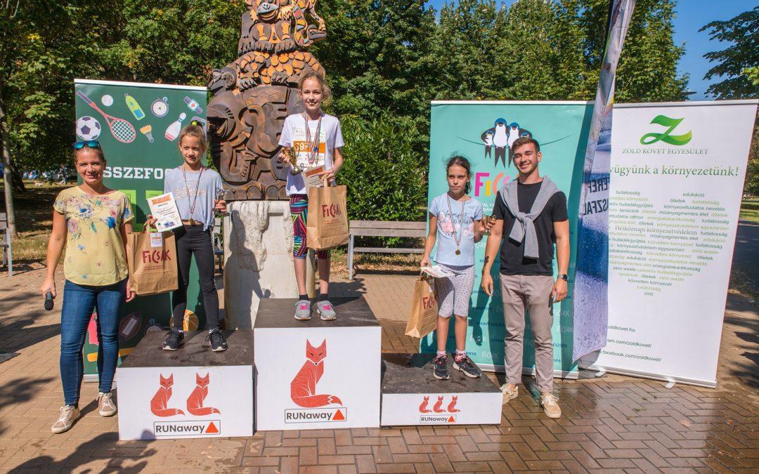 Az őszköszöntő családi futóversenyen a Zöld Követ is mozgásba lendült